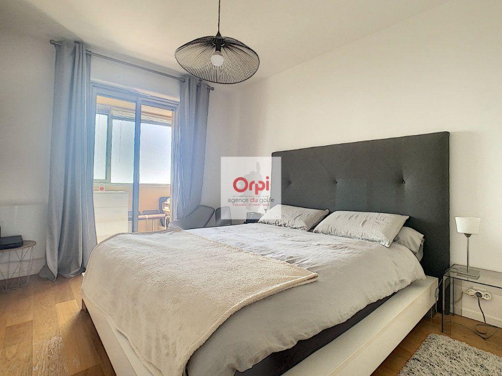 Appartement à vendre 3 90.54m2 à Ajaccio vignette-5