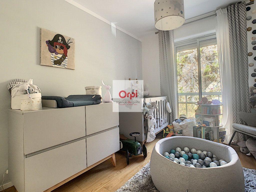 Appartement à vendre 3 90.54m2 à Ajaccio vignette-6