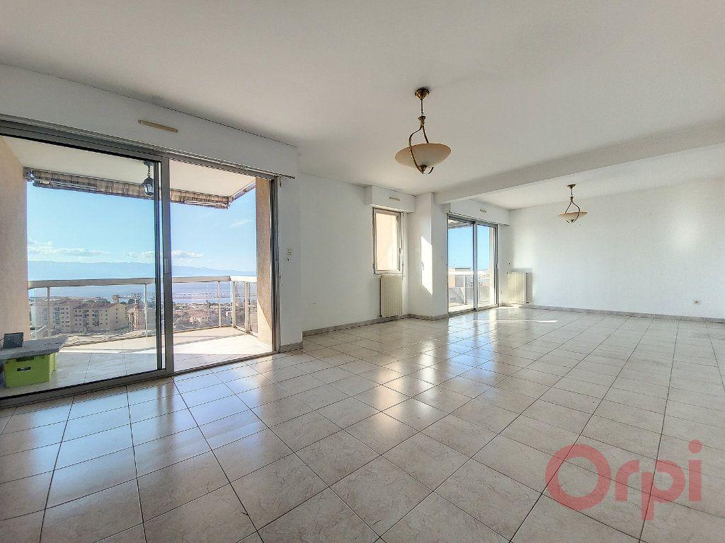 Appartement à louer 3 86m2 à Ajaccio vignette-1