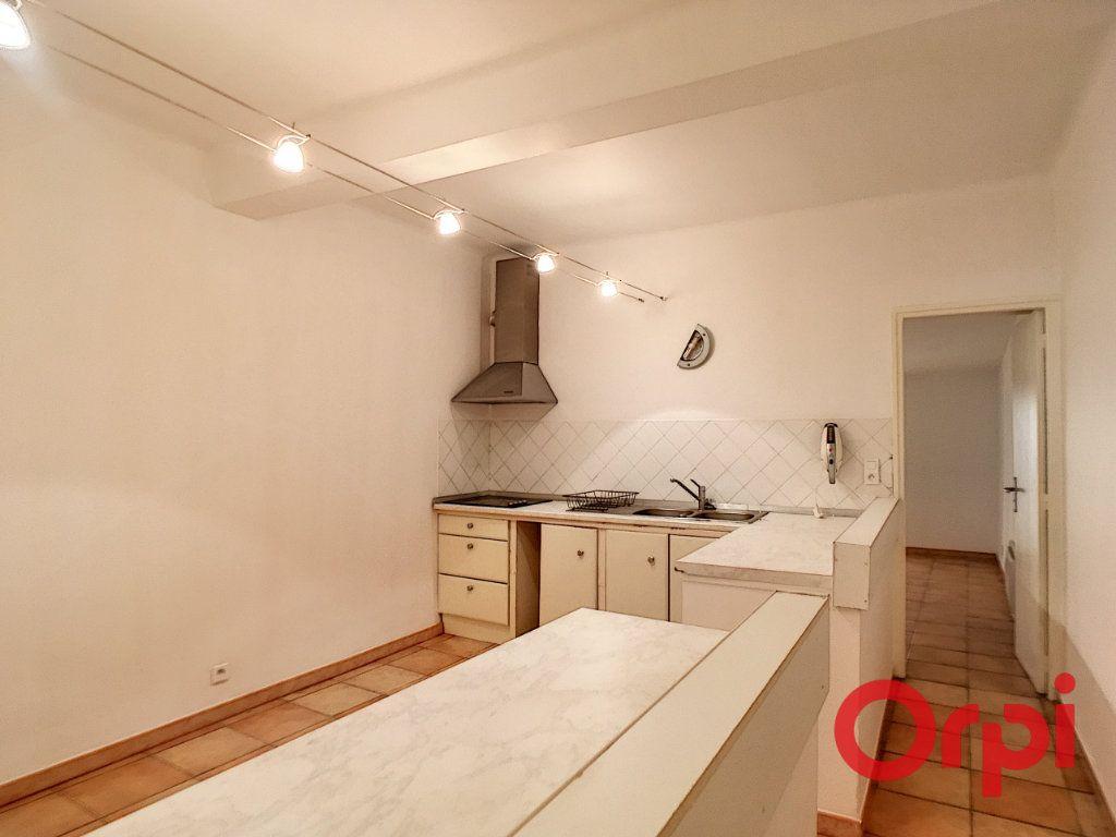 Appartement à vendre 3 94m2 à Ajaccio vignette-3