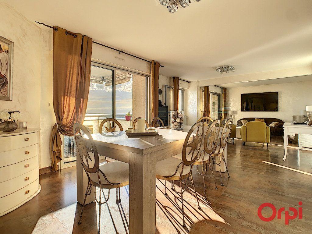 Appartement à vendre 4 128.45m2 à Ajaccio vignette-4