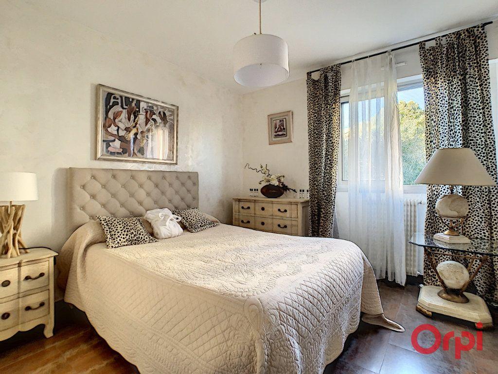 Appartement à vendre 4 128.45m2 à Ajaccio vignette-9