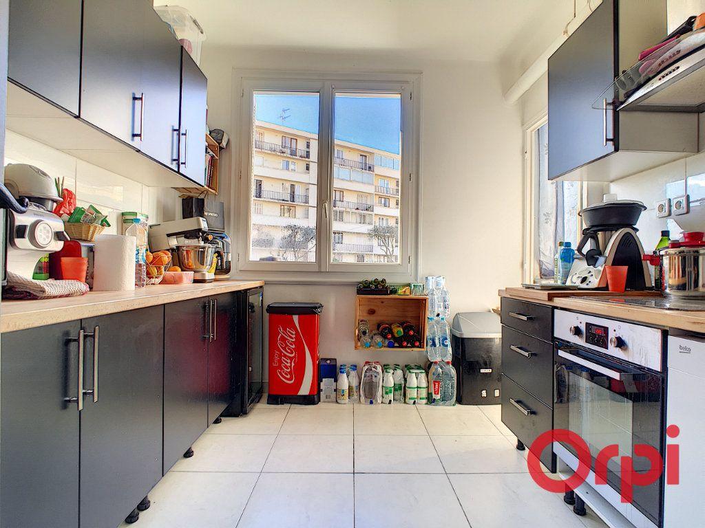 Appartement à vendre 4 99.42m2 à Ajaccio vignette-3