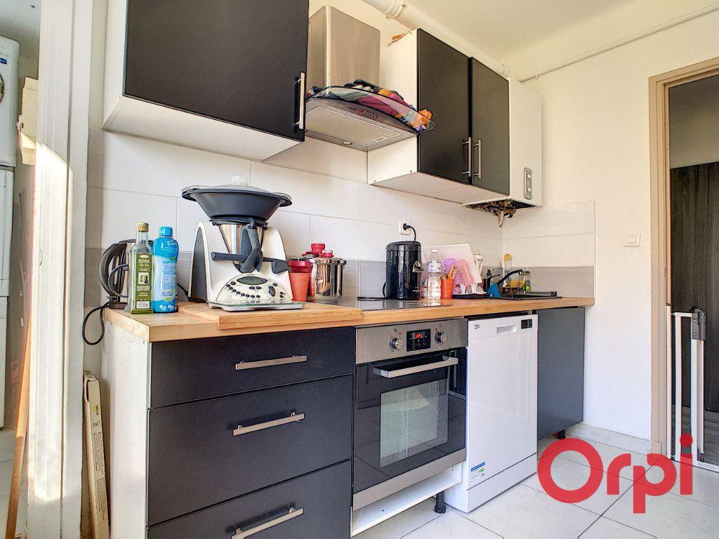 Appartement à vendre 4 99.42m2 à Ajaccio vignette-4