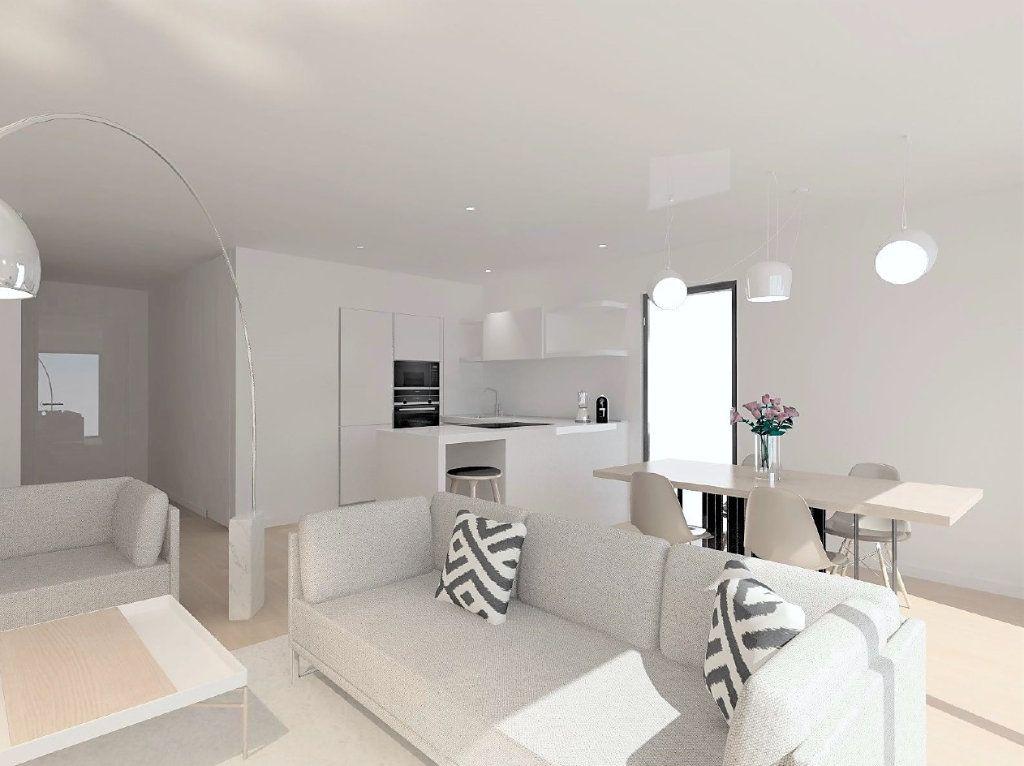Appartement à vendre 4 92.21m2 à Ajaccio vignette-3