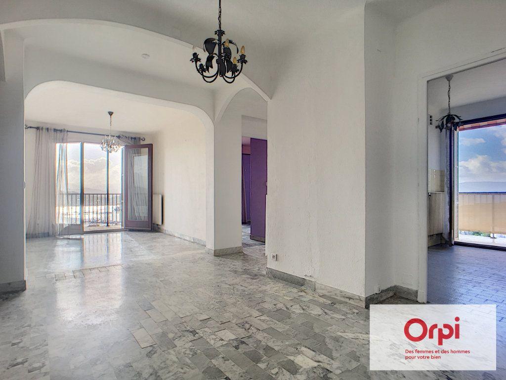 Appartement à vendre 4 98.41m2 à Ajaccio vignette-4