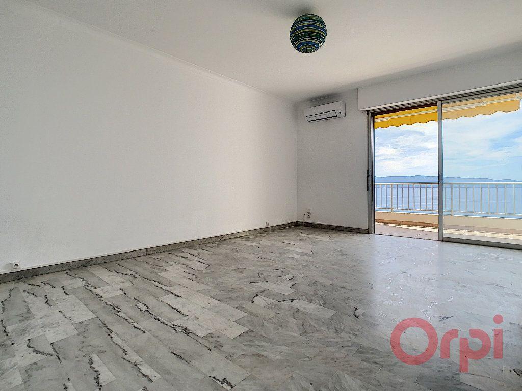 Appartement à louer 2 60m2 à Ajaccio vignette-3