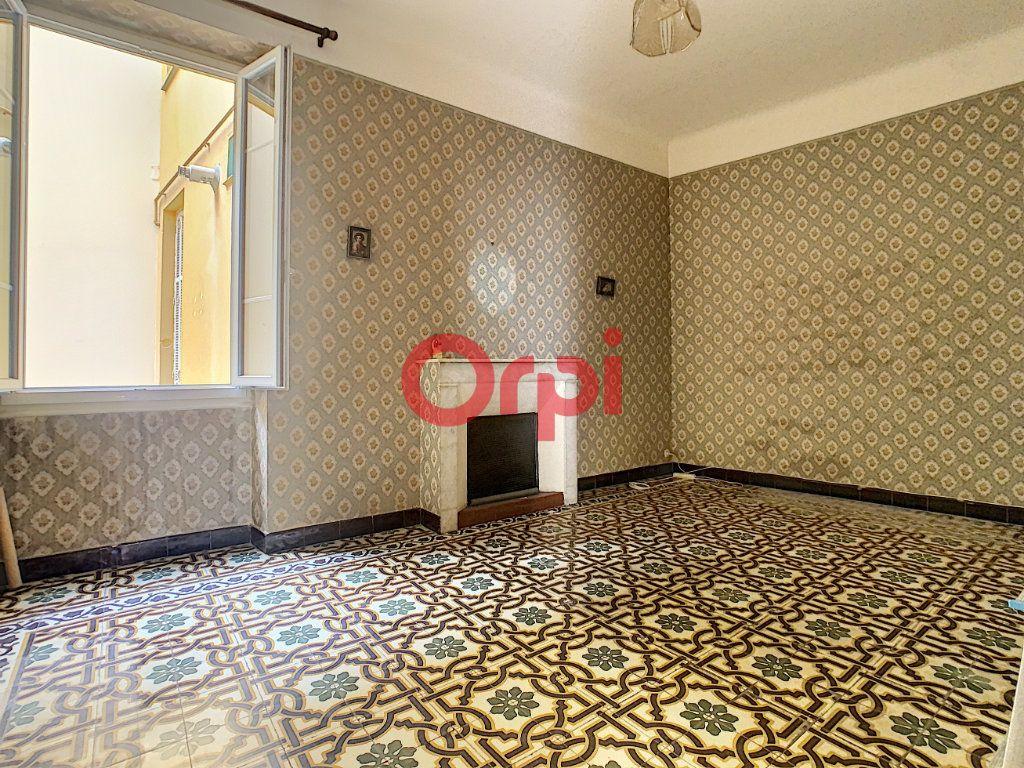 Appartement à vendre 3 85m2 à Ajaccio vignette-2