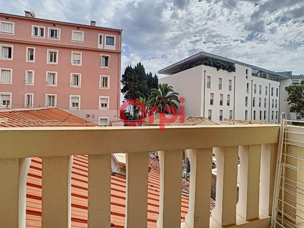 Appartement à vendre 3 85m2 à Ajaccio vignette-5