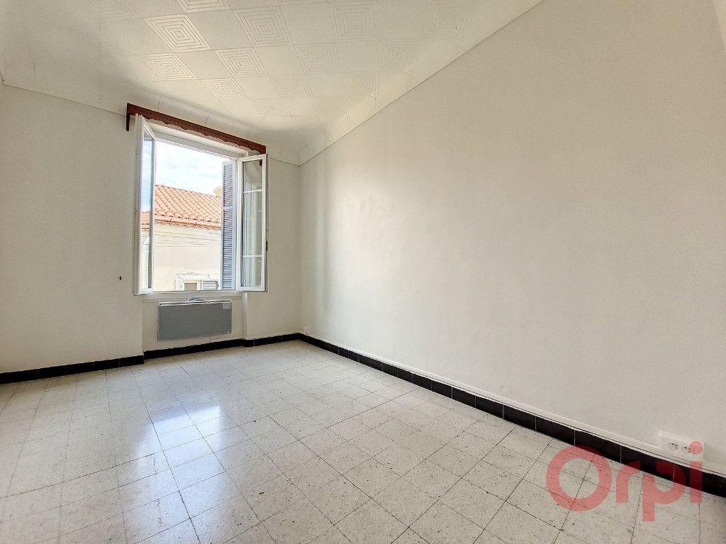 Appartement à louer 2 53m2 à Ajaccio vignette-3