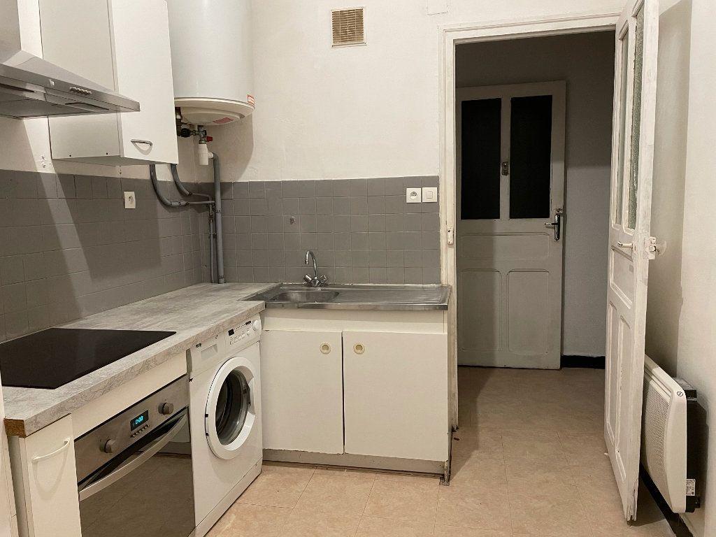 Appartement à louer 2 38.43m2 à Ajaccio vignette-2