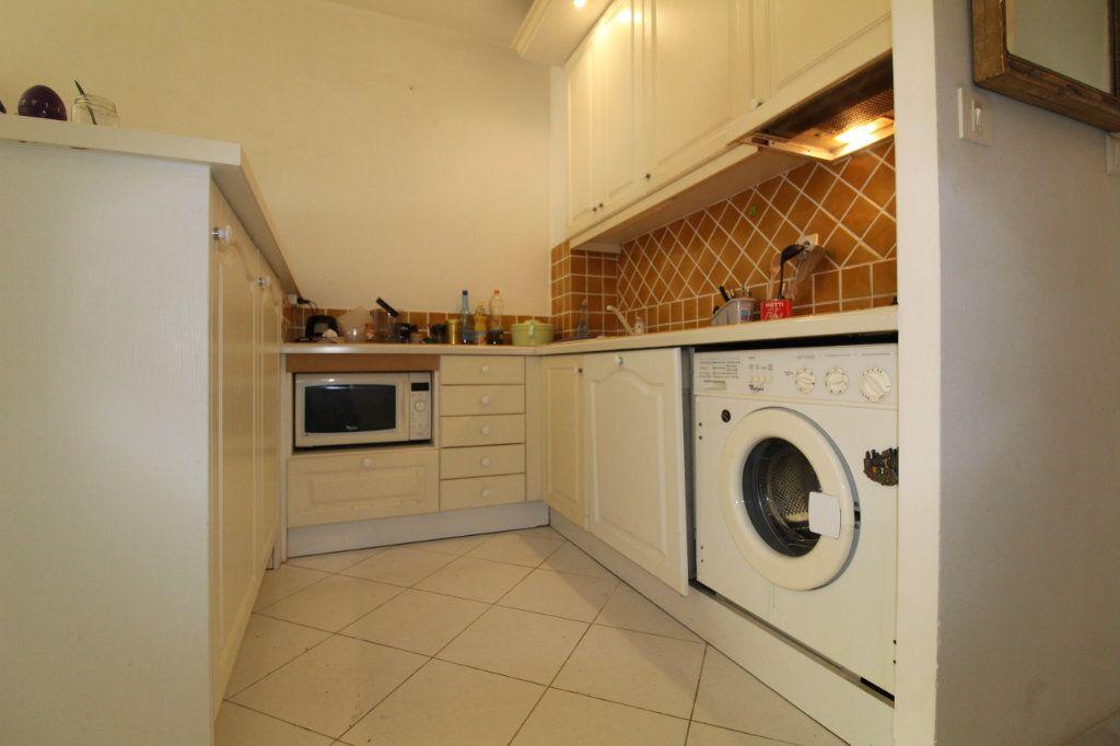 Appartement à vendre 2 50m2 à Ajaccio vignette-3