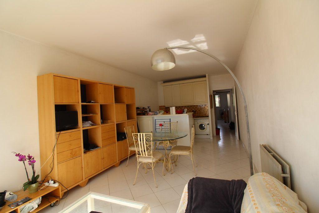 Appartement à vendre 2 50m2 à Ajaccio vignette-4