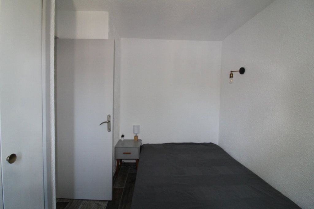 Appartement à louer 2 34m2 à Grosseto-Prugna vignette-3
