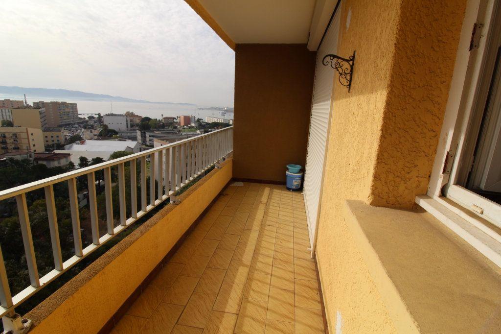 Appartement à louer 2 48m2 à Ajaccio vignette-2