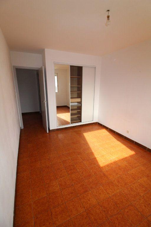 Appartement à louer 2 48m2 à Ajaccio vignette-3
