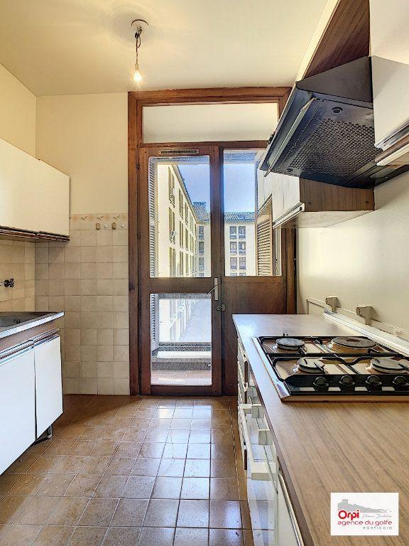 Appartement à louer 2 44m2 à Ajaccio vignette-6