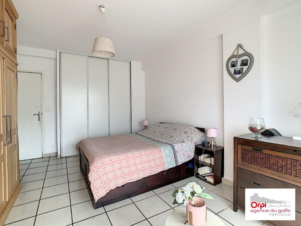 Appartement à vendre 3 73m2 à Ajaccio vignette-4