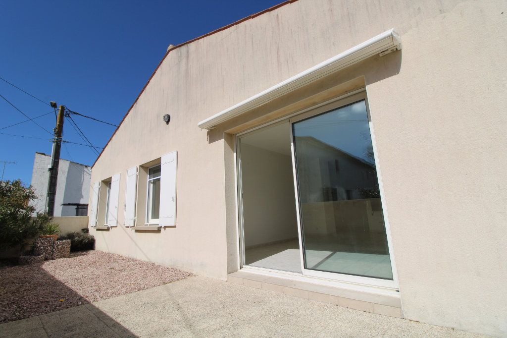 Maison à vendre 3 76.57m2 à Le Gua vignette-1