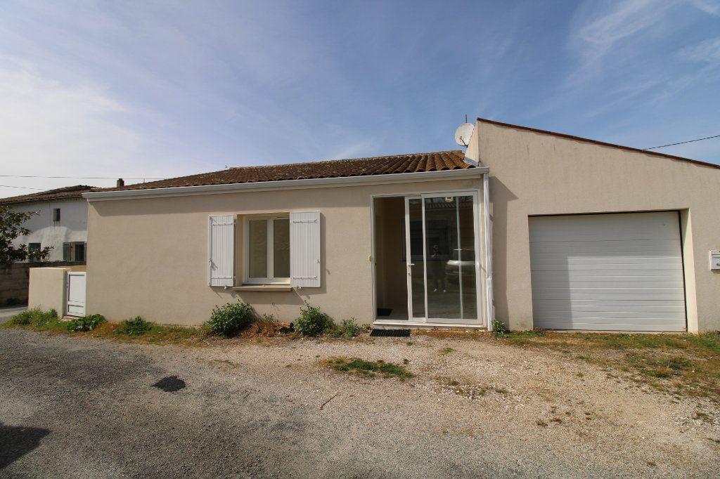 Maison à vendre 3 76.57m2 à Le Gua vignette-2