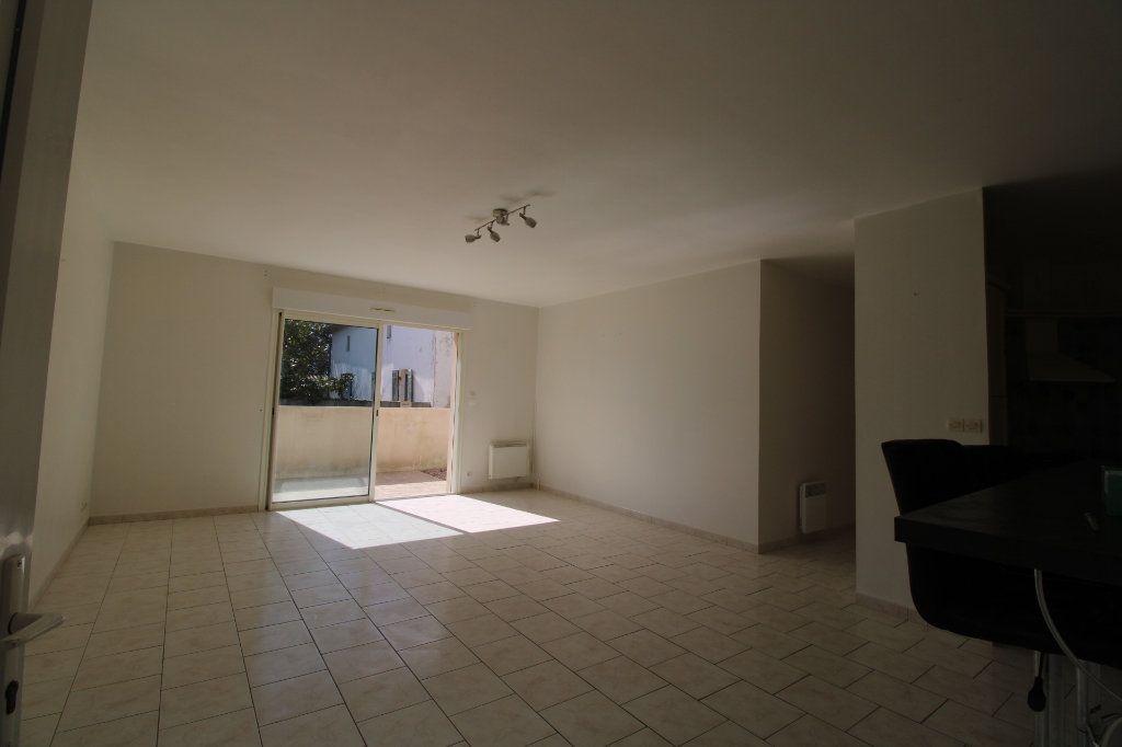Maison à vendre 3 76.57m2 à Le Gua vignette-3