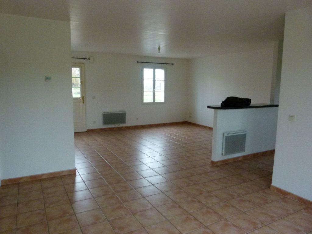 Maison à vendre 4 86.66m2 à Sainte-Gemme vignette-2