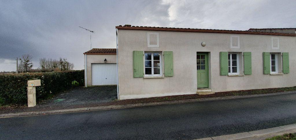 Maison à vendre 4 86.66m2 à Sainte-Gemme vignette-5
