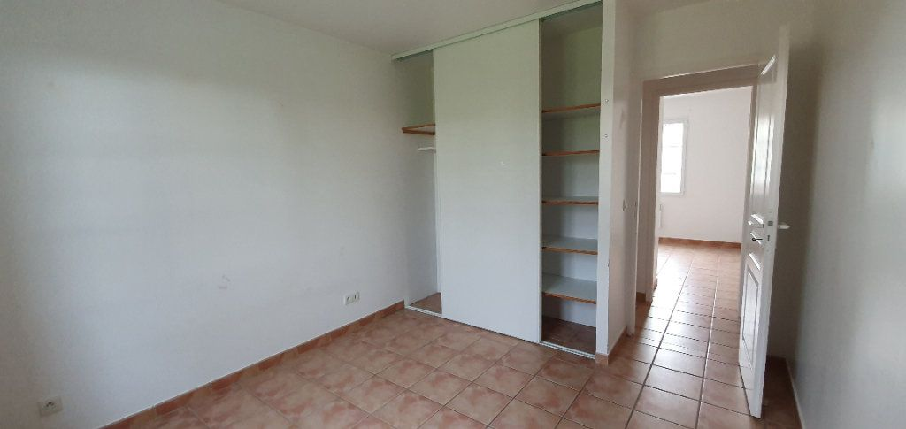 Maison à vendre 4 86.66m2 à Sainte-Gemme vignette-7