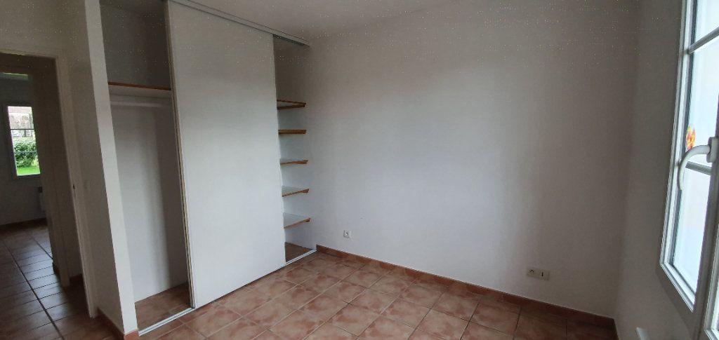 Maison à vendre 4 86.66m2 à Sainte-Gemme vignette-8