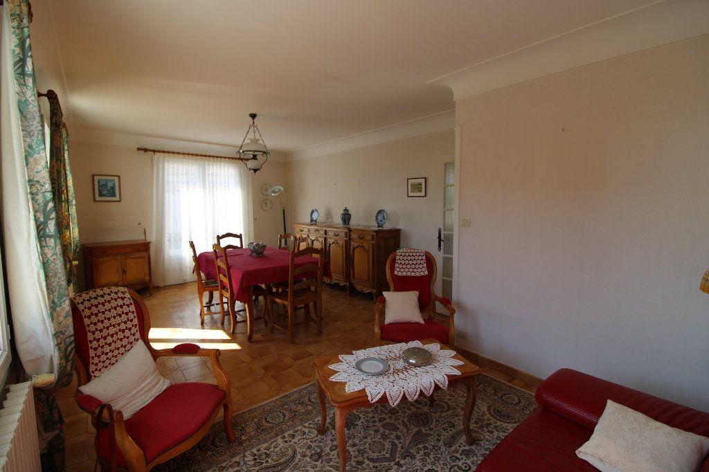 Maison à vendre 6 139.08m2 à Corme-Royal vignette-3