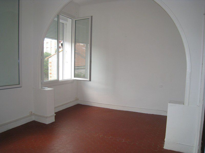 Appartement à louer 2 50m2 à Marseille 13 vignette-2