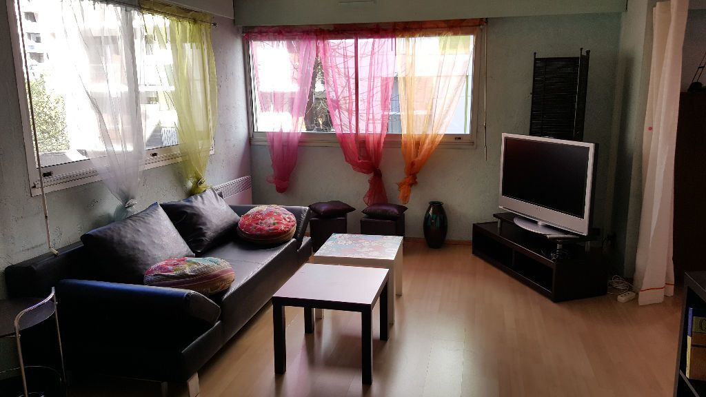 Appartement à louer 2 42m2 à Marseille 10 vignette-1