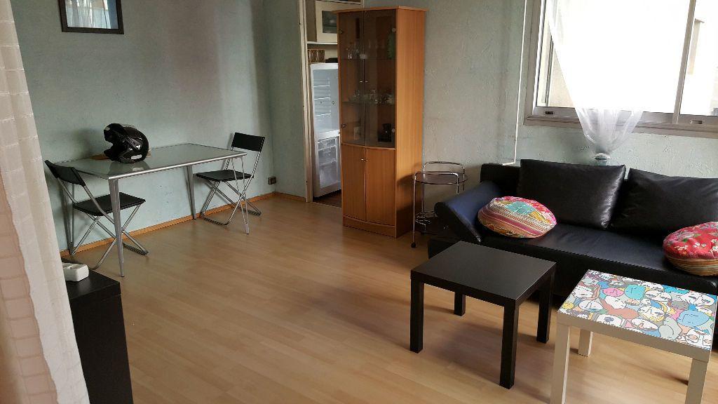 Appartement à louer 2 42m2 à Marseille 10 vignette-2