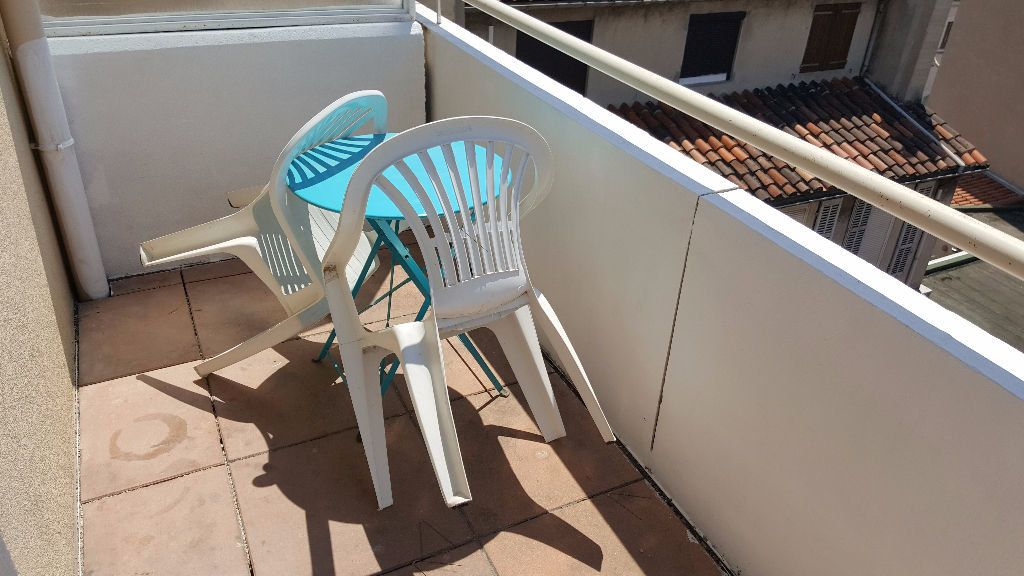 Appartement à louer 2 32m2 à Marseille 5 vignette-5