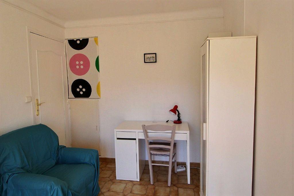 Appartement à louer 4 64m2 à Marseille 5 vignette-5