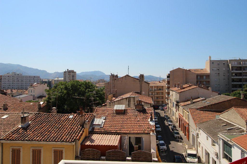 Appartement à louer 2 47m2 à Marseille 5 vignette-1
