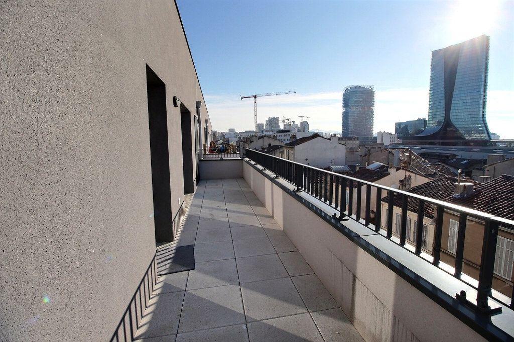 Appartement à louer 2 41m2 à Marseille 15 vignette-6