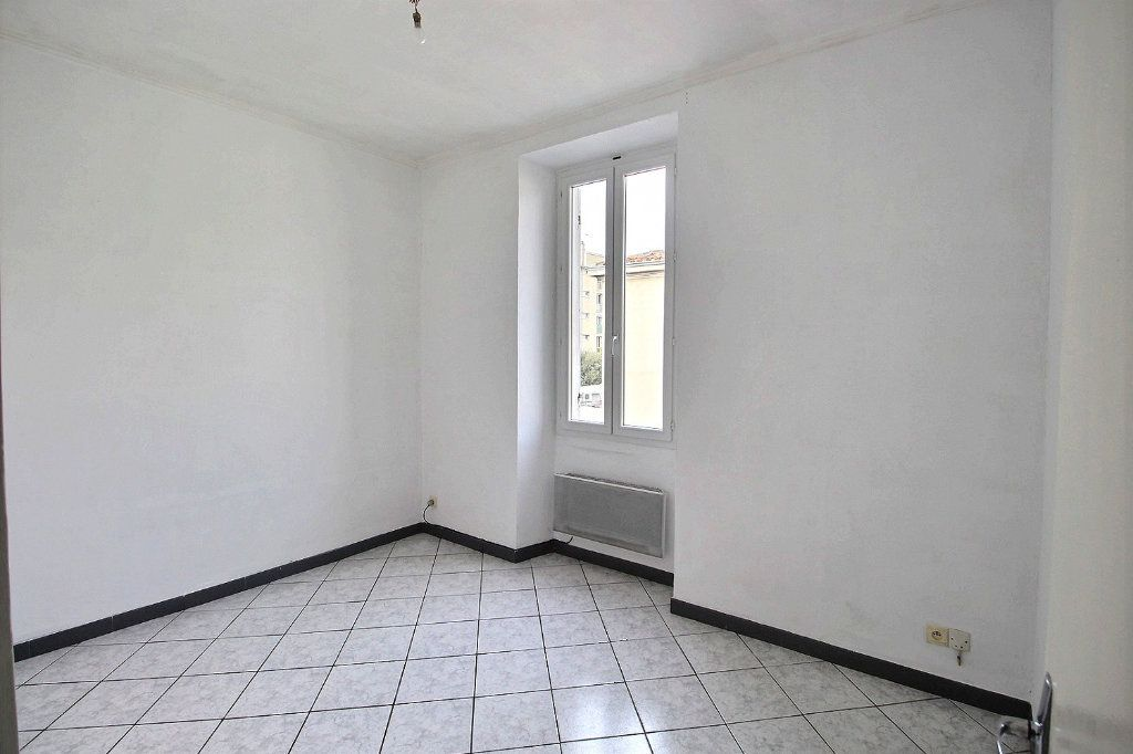 Appartement à louer 2 44m2 à Marseille 13 vignette-1