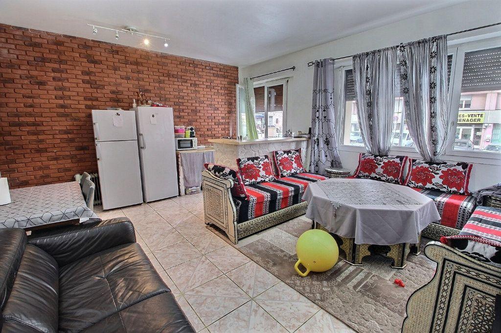 Appartement à vendre 3 70m2 à Marseille 3 vignette-2