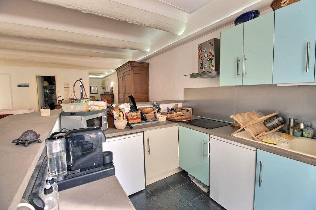 Appartement à vendre 1 68.51m2 à Marseille 1 vignette-2