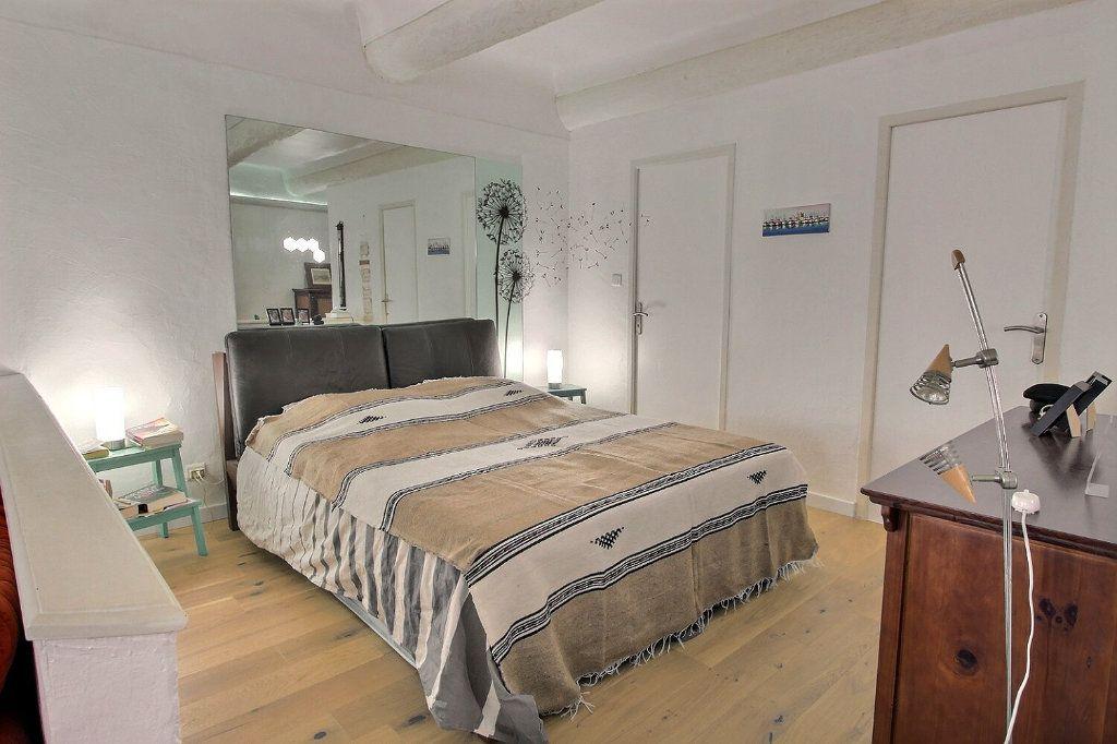 Appartement à vendre 1 68.51m2 à Marseille 1 vignette-3