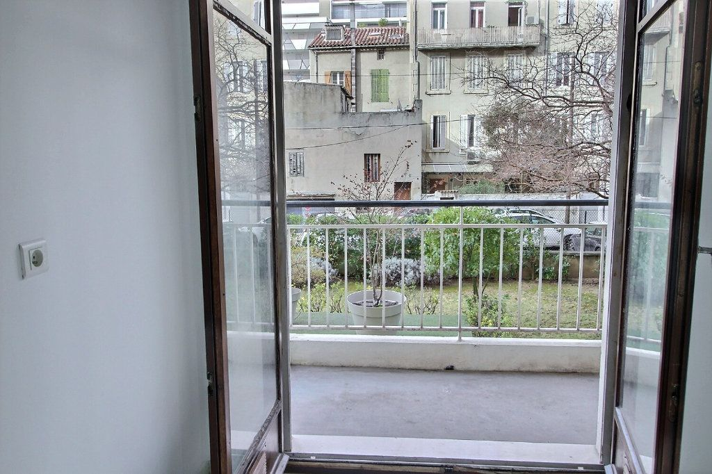 Appartement à louer 2 55m2 à Marseille 5 vignette-6