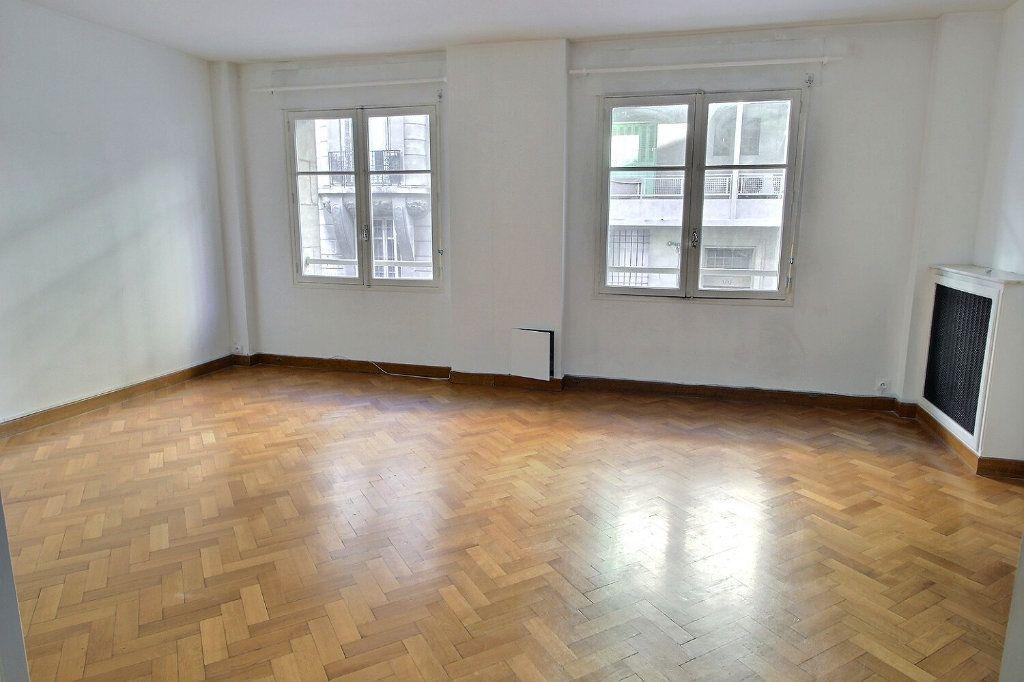 Appartement à vendre 3 70.6m2 à Marseille 5 vignette-6