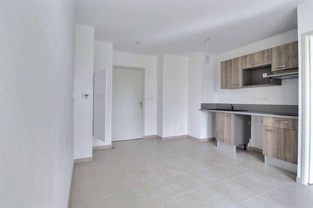 Appartement à vendre 2 31.46m2 à Marseille 10 vignette-2