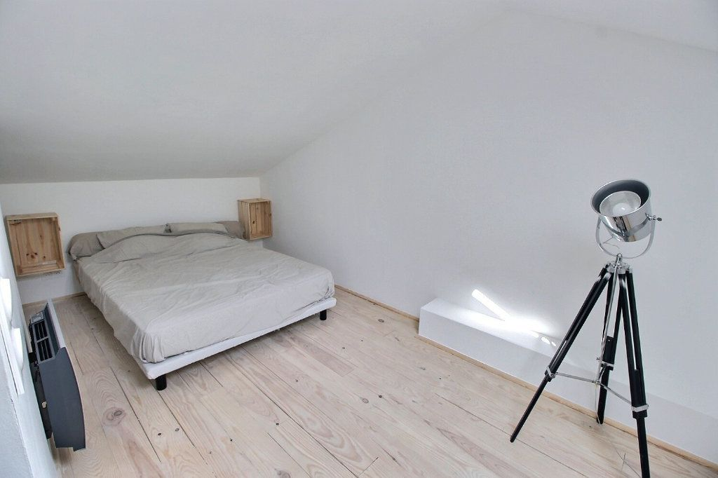 Appartement à louer 3 50m2 à Marseille 5 vignette-4