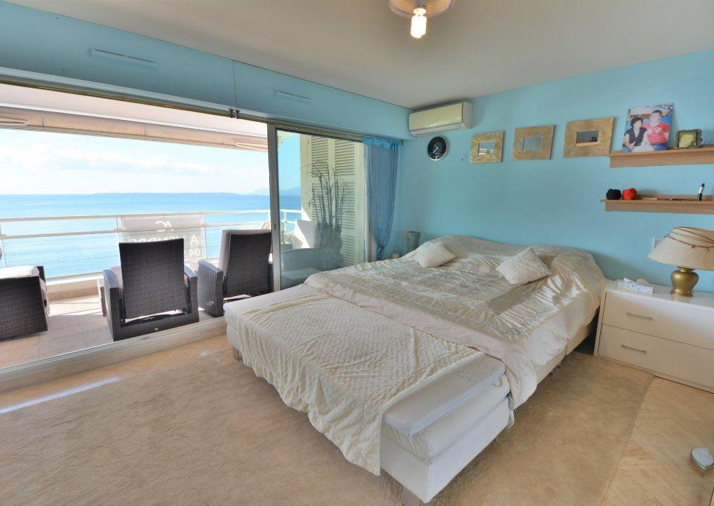 Appartement à vendre 5 135m2 à Juan-les-Pins - Antibes vignette-5
