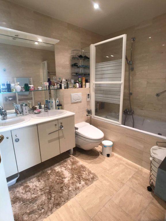 Appartement à vendre 5 135m2 à Juan-les-Pins - Antibes vignette-6