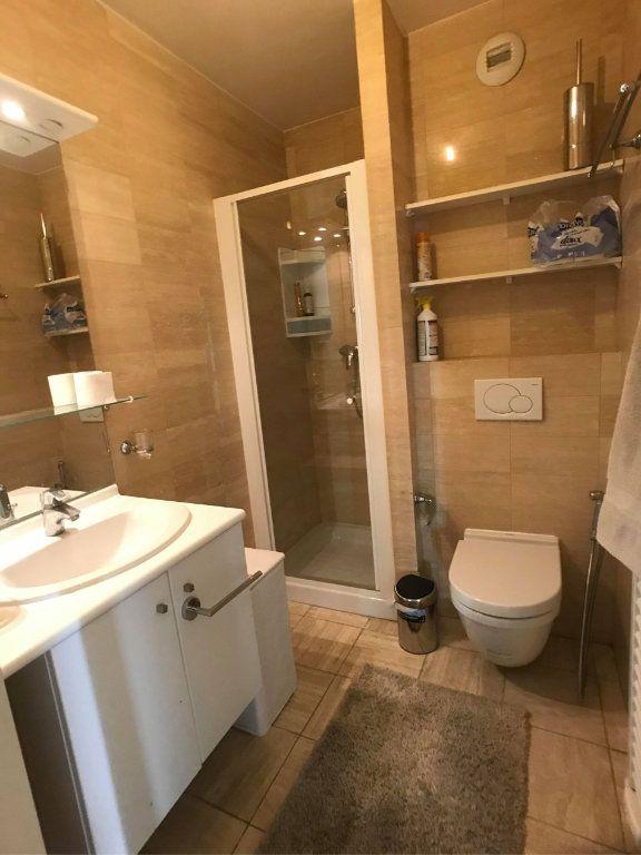 Appartement à vendre 5 135m2 à Juan-les-Pins - Antibes vignette-9