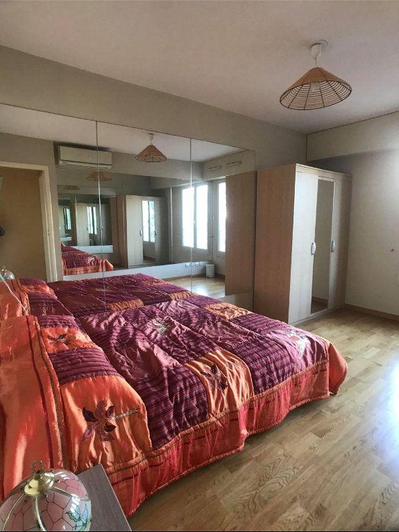 Appartement à vendre 5 135m2 à Juan-les-Pins - Antibes vignette-11