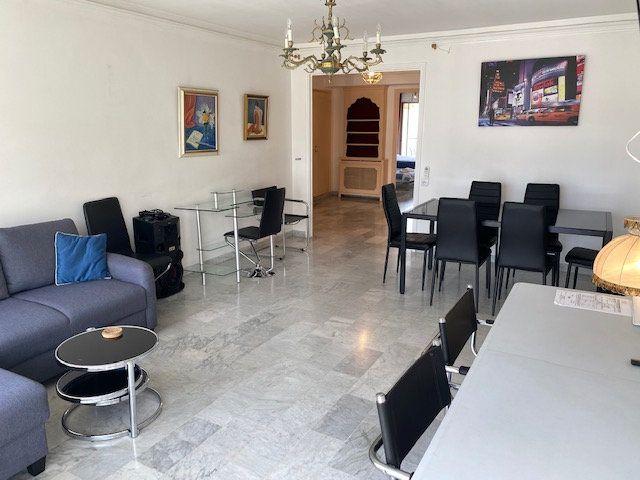 Appartement à vendre 3 82.2m2 à Cannes vignette-1